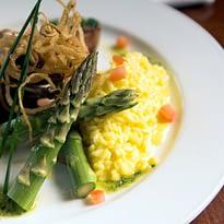 piatto-vegetariano-asparagi