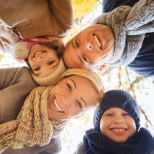 autunno_famiglia_felice_1080